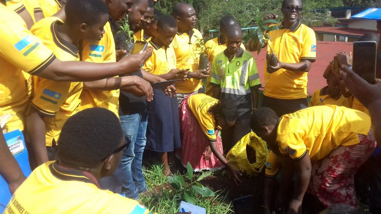 DR Congo/Rwanda: students and teachers discuss about peace and Christian values