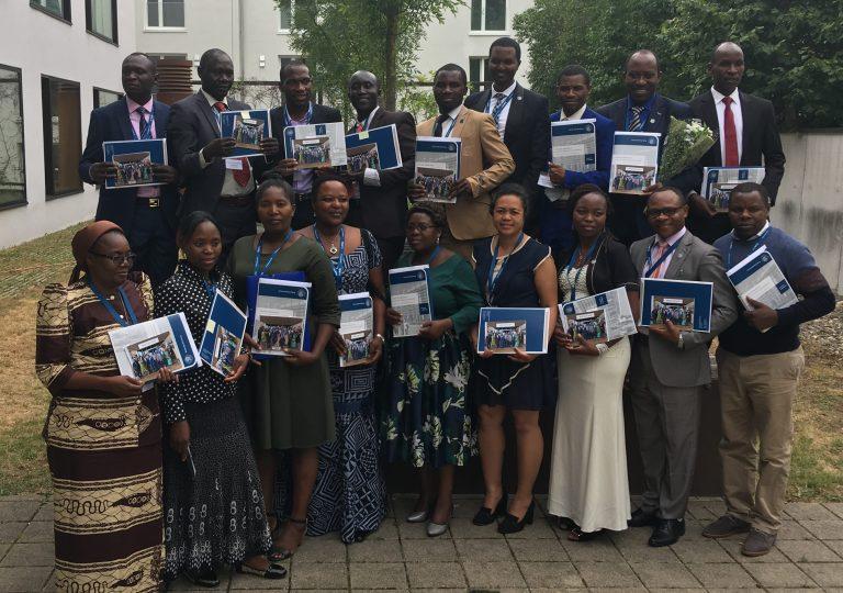 Netzwerkbotschafter graduieren im Studiengang IMPEQ