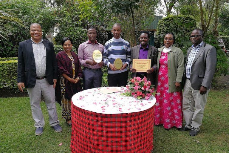 Tansania: Auszeichnung der Mwangaza-Lehrkraft des Jahres